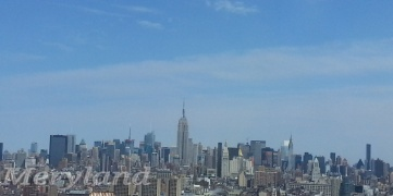 Mi vista del Skyline de Manhattan desde la oficina.  This is my Million Dollar View!