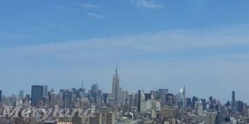 Mi vista del Skyline de Manhattan desde la oficina.  This is my Million Dollar View!
